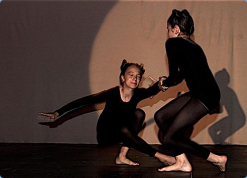 Tanztheater lyrisch inspiriert: Ameisen Ringelnatz